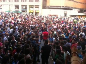 amarkule La que ha liado @chincheto77 aquí en Callao!!! #GWC13 pic.twitter.com/GwQrjvFEeO