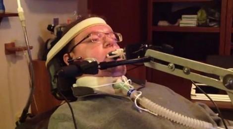 Crean un dispositivo que pone los videojuegos al alcance de los tetrapléjicos
